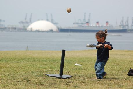 060308-lb-baseball-5.jpg