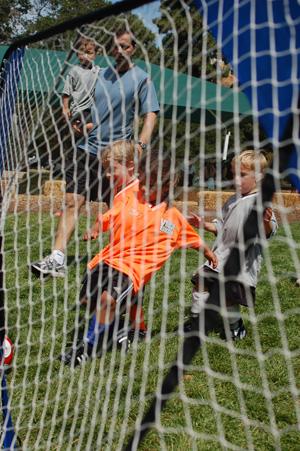 logans-1st-soccer-game-17.jpg
