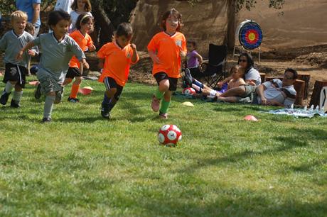 logans-1st-soccer-game-5.jpg