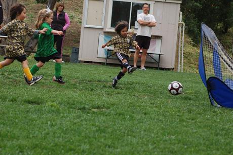 041010-soccer-game-24.jpg