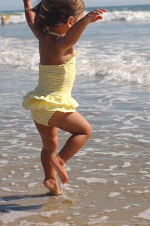 082210-beach-babe-15.jpg